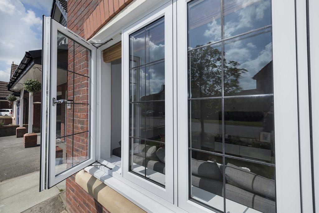 Residence Collection R7 Window Style Weybridge